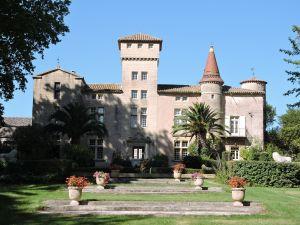 Chateau St Martin de la Garrigue